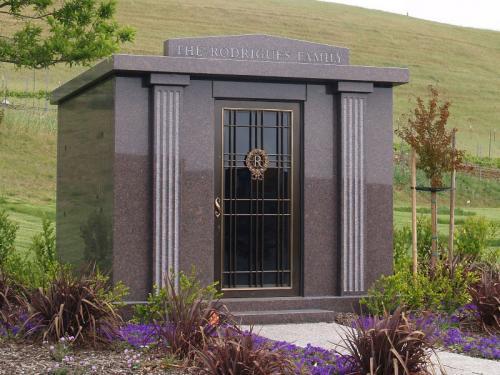 mausoleum-01