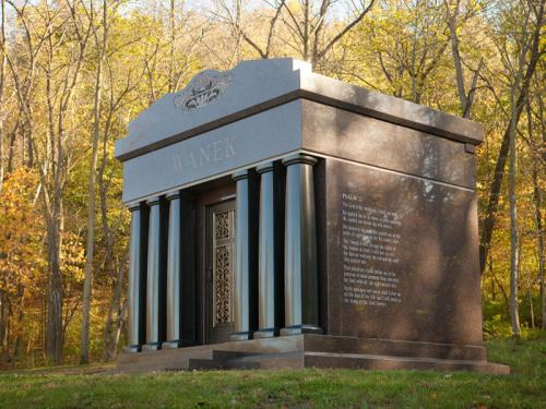 mausoleum-03