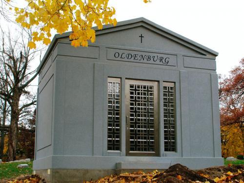mausoleum-07
